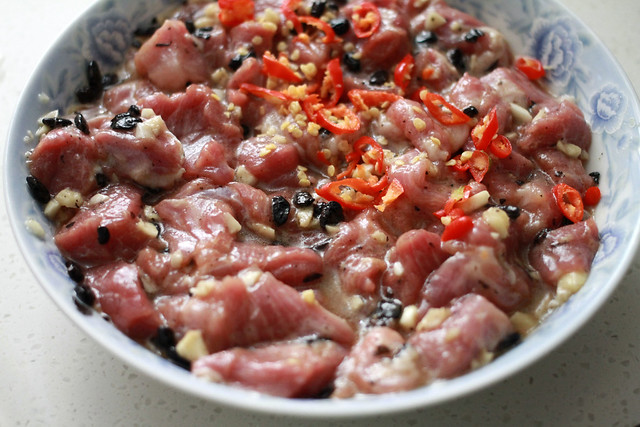 Steamed Pork with Garlic & Black Beans - Hong Kong Home Style Cooking