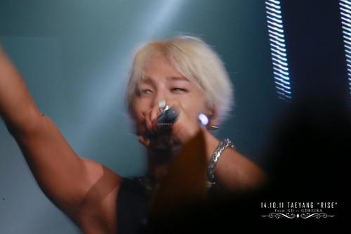 Taeyang-RISESeoul-day2-20141011_0_16