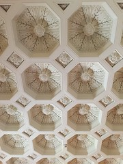 DeGolyer House - Library ceiling