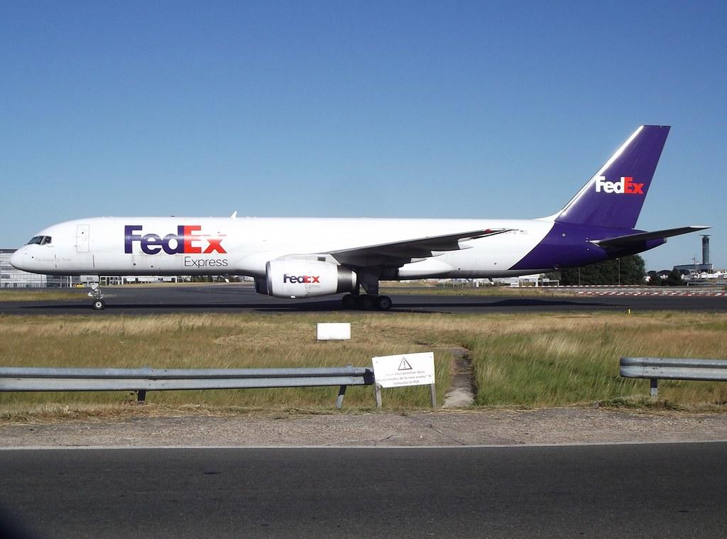 N901FD - B752 - FedEx