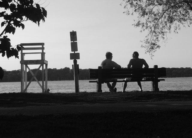 lake-bench
