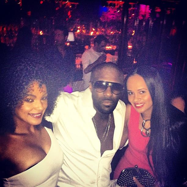 Mokai Lounge  Rd St Miami Beach Fl