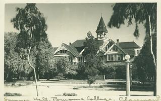 Sumner Hall in 1912