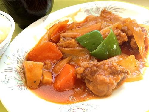 今日の社食は酢豚。520円。
