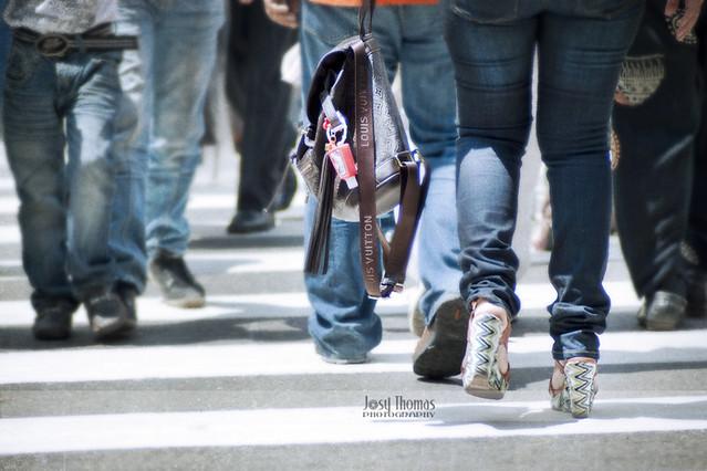 35_Gente caminando