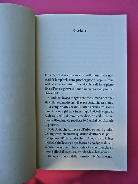 Steven Amsterdam, Ritratto di famiglia con superpoteri, ISBN 2012. Grafica: Alice Beniero. Incipit (part.), 1