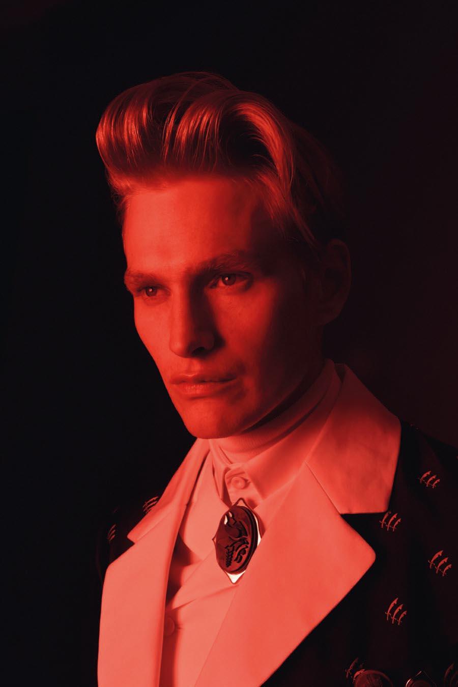 Gerhard Freidl0329_VIKTOR Magazine_Ph Adriano Russo(Wiener Models)