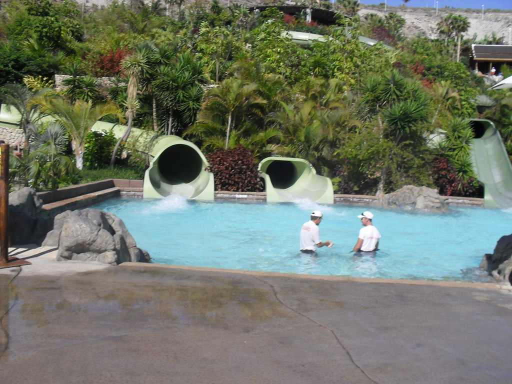 themeparkmedia co uk siam water park guide