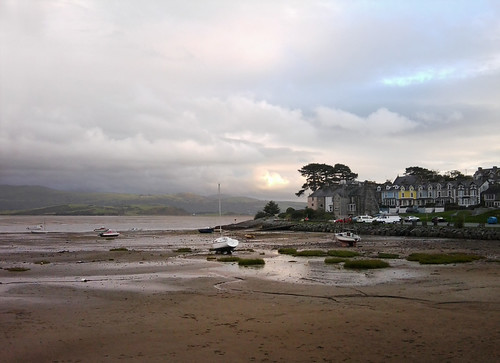 Evening at Borth y Gest