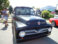 Our buddy Dave's entry-an old Ford truck