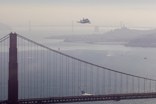 Endeavour over the Golden Gate Bridge (ACD12-0146-008)