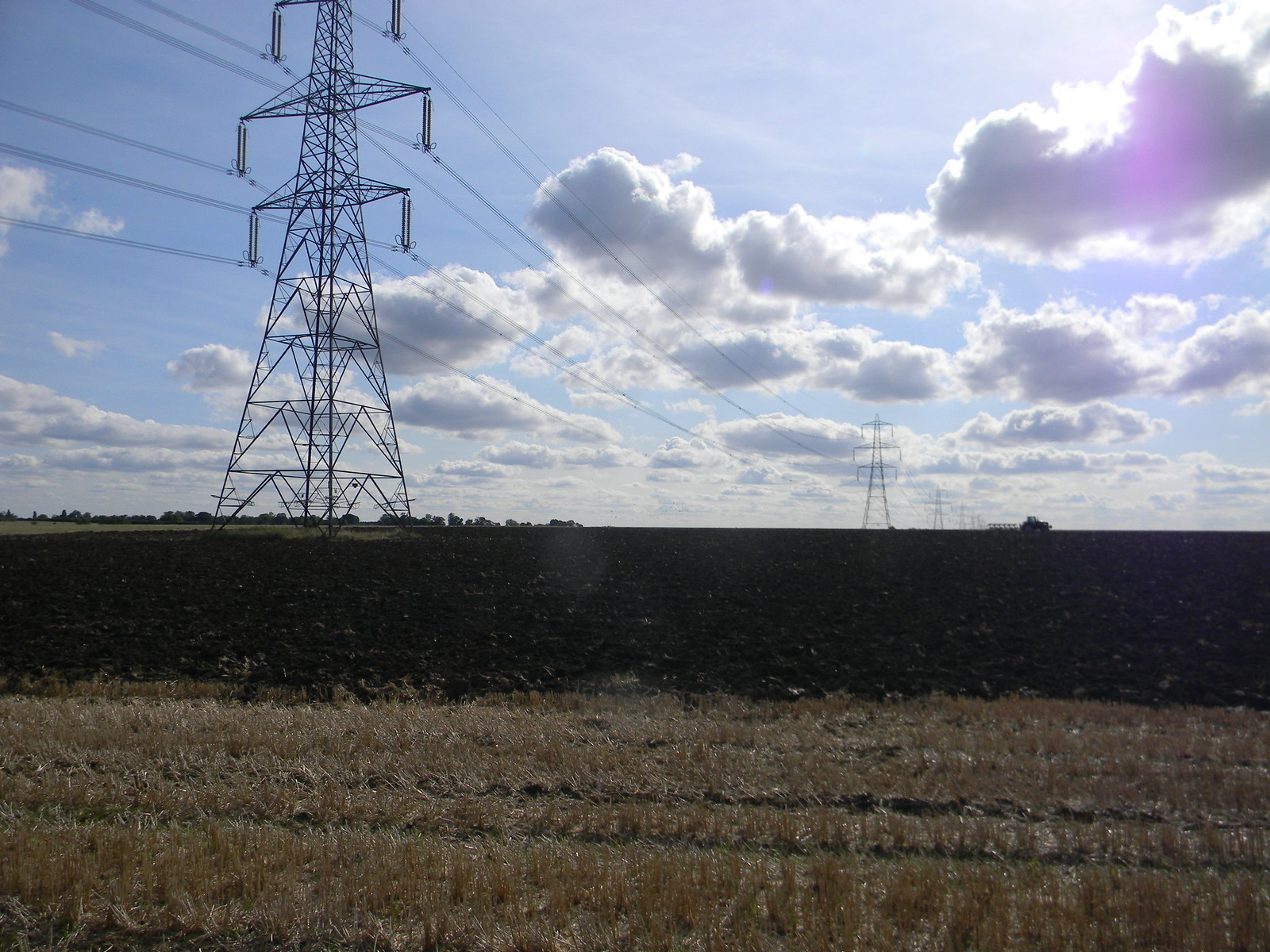 Pylons and big field Roydon to Sawbridgeworth