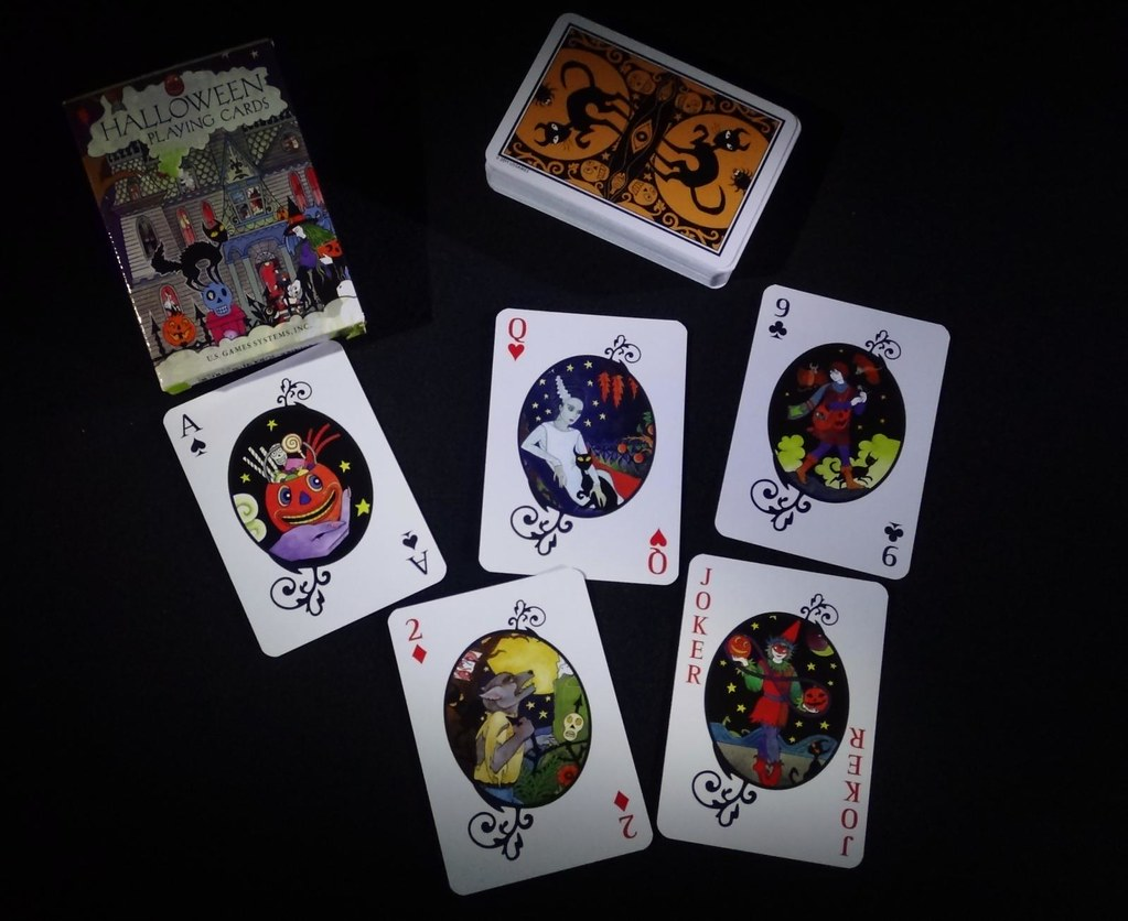US Gaming Systems Halloween playing card deck