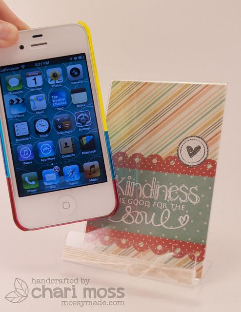 Kindness_Phoneholder2
