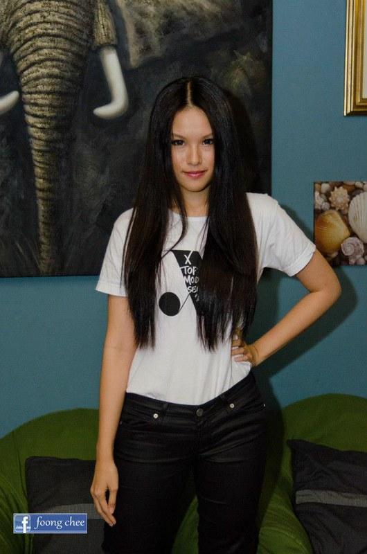 x top nicole brunette