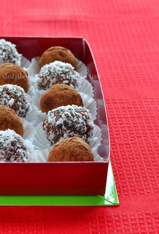 Prune and Nut Truffles / Конфеты из чернослива и орехов