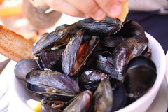 Steamed PEI Mussels Mariniere