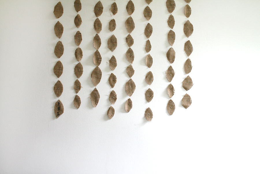 DIY Leaves Wall Decoration
