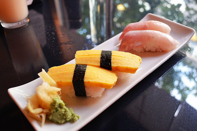 tamago & sea bass nigiri