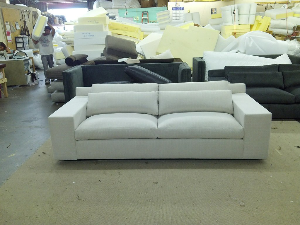Almafi Sofa In White