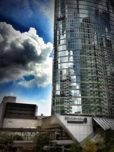 メタリック・シティ / Metallic City