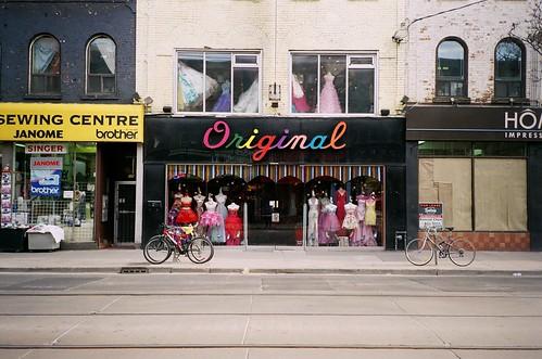 Toronto by nicoleyfun