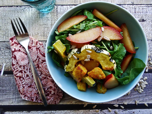 roasted winter squash + arugula salad // toasted curry croutons