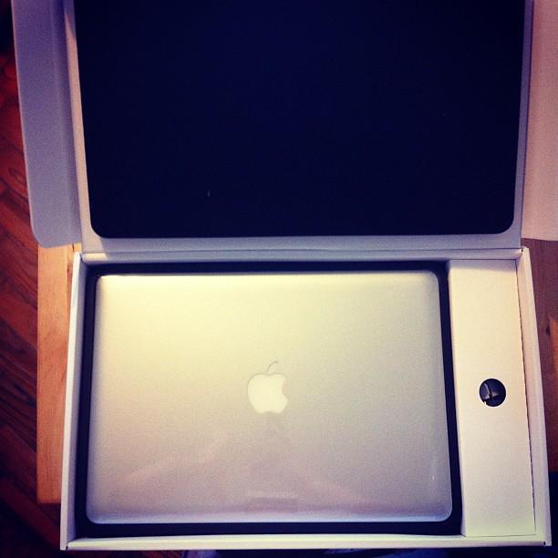 O mais recente gadget cá de casa: MacBook Pro