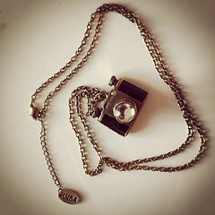 #vintage #vintageshopping #shopping #camera #necklace #urban #clothing #secondhand #pennylane #venice #instafashion #contestgram #picoftheday