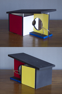 STRUCK Birdhouse