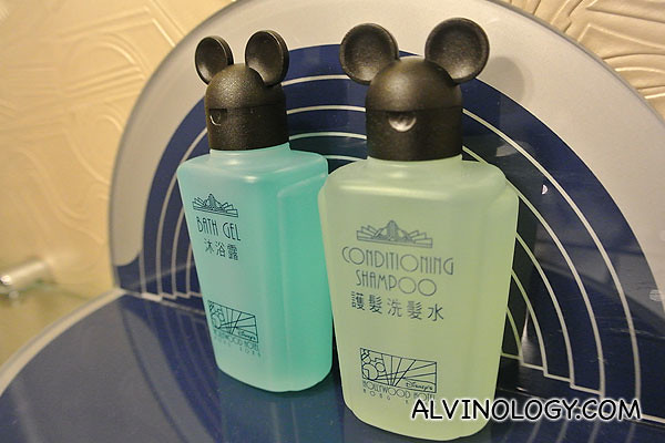 Mickey shower gel and shampoo