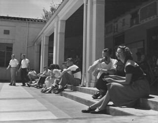 Edmunds Coop courtyard in 1956