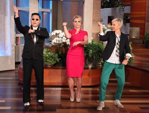 Britney-Spears-Gangnam-Style-Ellen