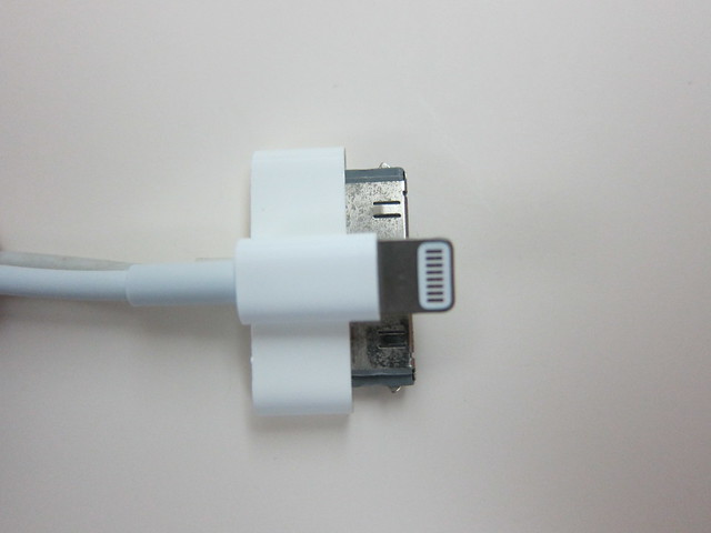 Apple Lightning To USB Cable vs Apple Dock Connector to USB Cable