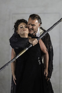 Susan Bullock as Brunnhilde and Bryn Terfel as Wotan in Die Walküre © Clive Barda/ROH 2012