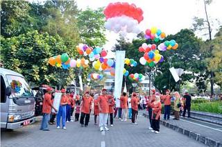 Jalan sehat dies natalis ke 61 UIN Sunan Kalijaga Yogyakarta
