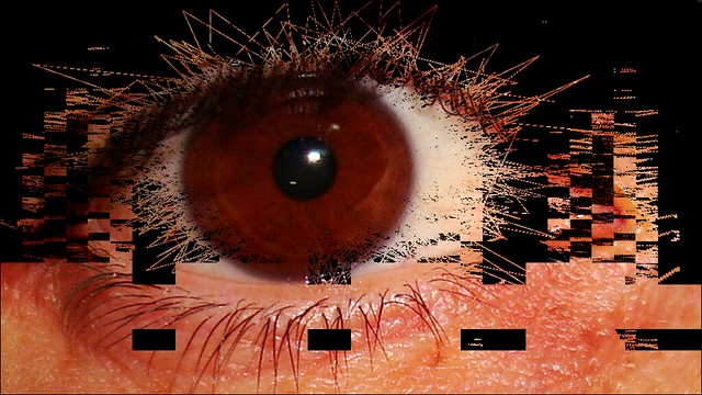 eye glitch5