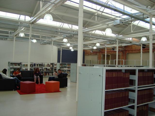 biblioteca jundiai