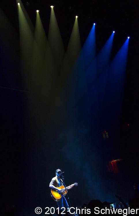 Eric Church @ The Blood Sweat u0026 Beers Tour Joe Louis Arena Detroit MI - 10-04-12  sc 1 st  Schwegweb.com & Photos of Eric Church from October 4th 2012 at the Joe Louis Arena ...