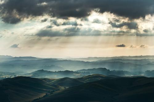 [フリー画像素材] 自然風景, 山, 霧・霞, 薄明光線 ID:201210131200