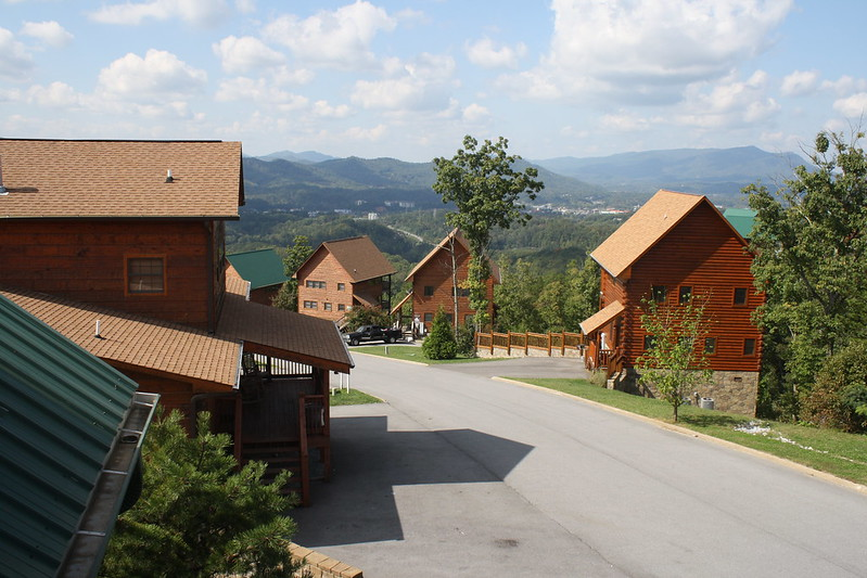 Cabin Fever Vacations, Pigeon Forge Tennessee