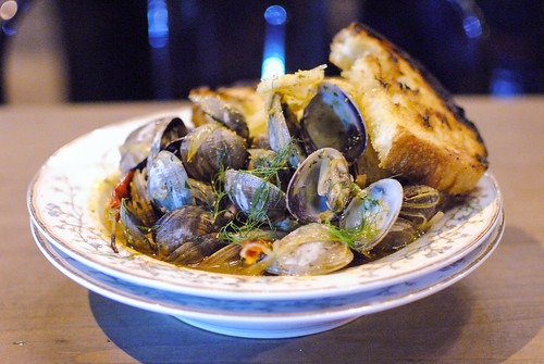 CLAMS salumi picante, sherry & leeks