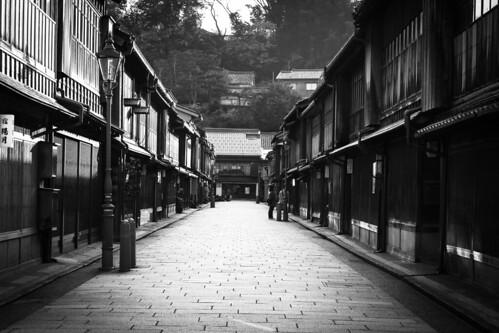 asia japan kanazawa higashichaya tearoomdistrict tea history culture architecture building morning light sunrise