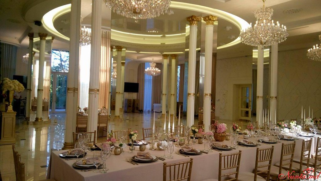""""""" Club Royal Park"""" —eleganţă şi rafinament ! > Foto din galeria `Despre companie`"""