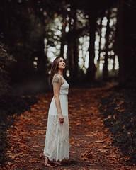 #portrait #portraitphotography #vsco #lookslikefilm #love#photography #pic #photoofday #getoutside #woods #washington #lace #fall #season #ff #beauty