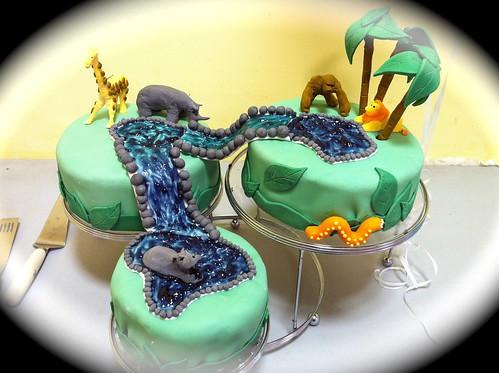 Elda Larue & Lyzbeth Monard /Cakes