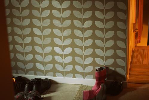 vine wall stencil - c