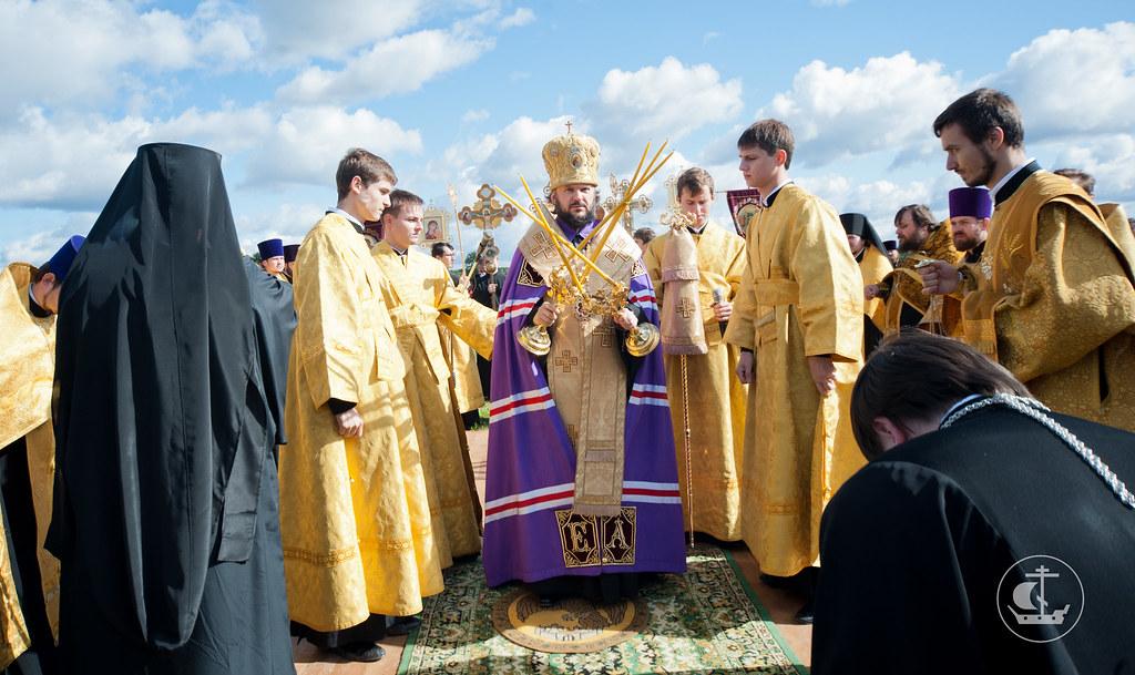 9 сентября 2012, Молебен на месте стоянки русской дружины перед Невской битвой