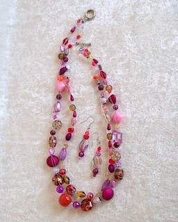 Bead crochet necklace set Red Pink 090912