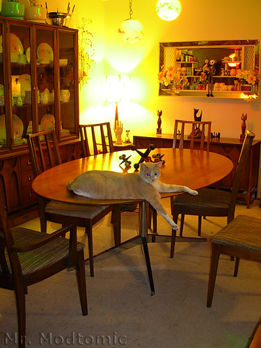 Florence Knoll table and Broyhill Brasilia Chairs - China Cabinet - Buffet 02
